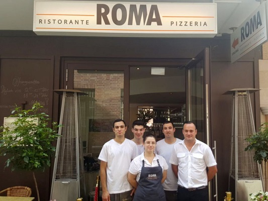 Pizzaria Restaurant Roma Team